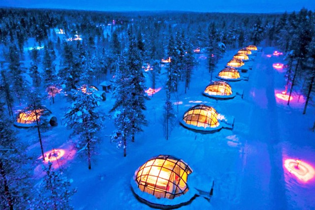 Glass Igloos - Photograph: Kakslauttanen Resort